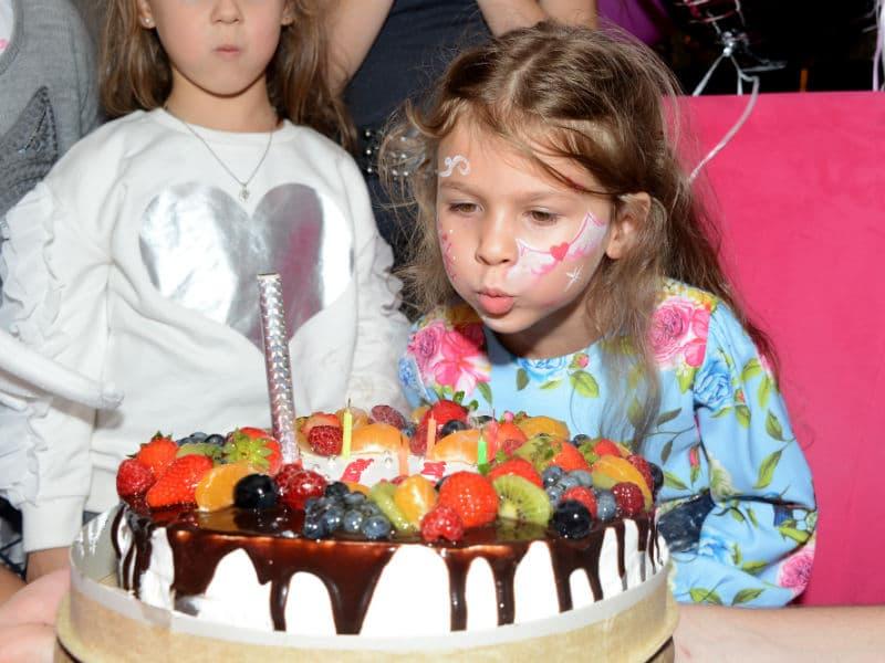 Торт на детский день рождения «Ангелы бэби» - 112018