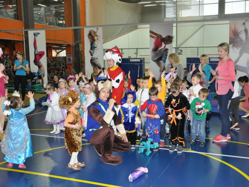 Развлечения на детский корпоративный Новый год