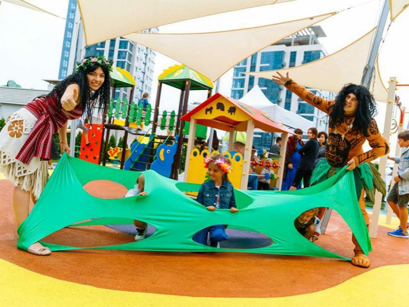 Аниматоры Ивент агентства «SYRUP» приняли участие в открытии новой детской площадки
