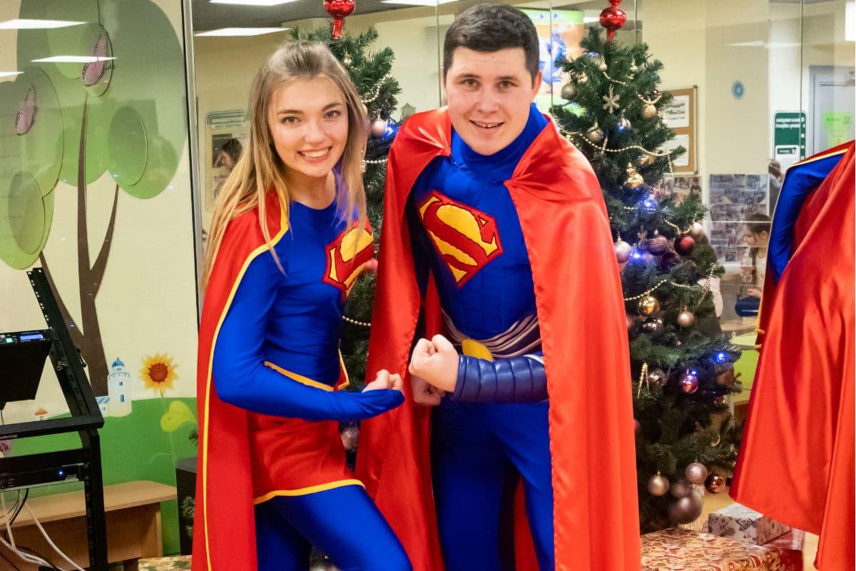 Супергерои: Супермен и Супергерл